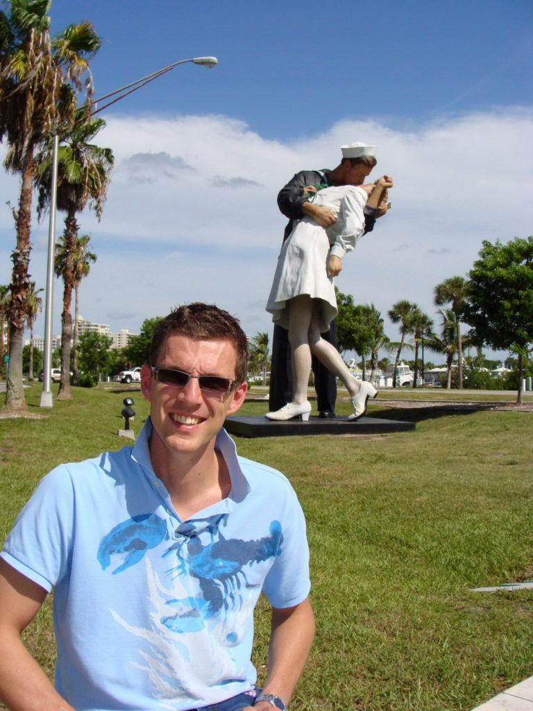 The Unconditional Surrender Installation, Sarasota, The United States, Florida, Blumil wheelchair, accessible travel