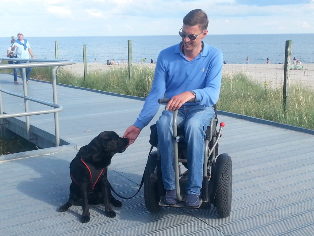 Sopot, Poland, assistant dog, electric wheelchair, Poland in an electric wheelchair, accessible traveling, Tricity in an electric wheelchair, Trojmiasto in a wheelchair, discover Poland