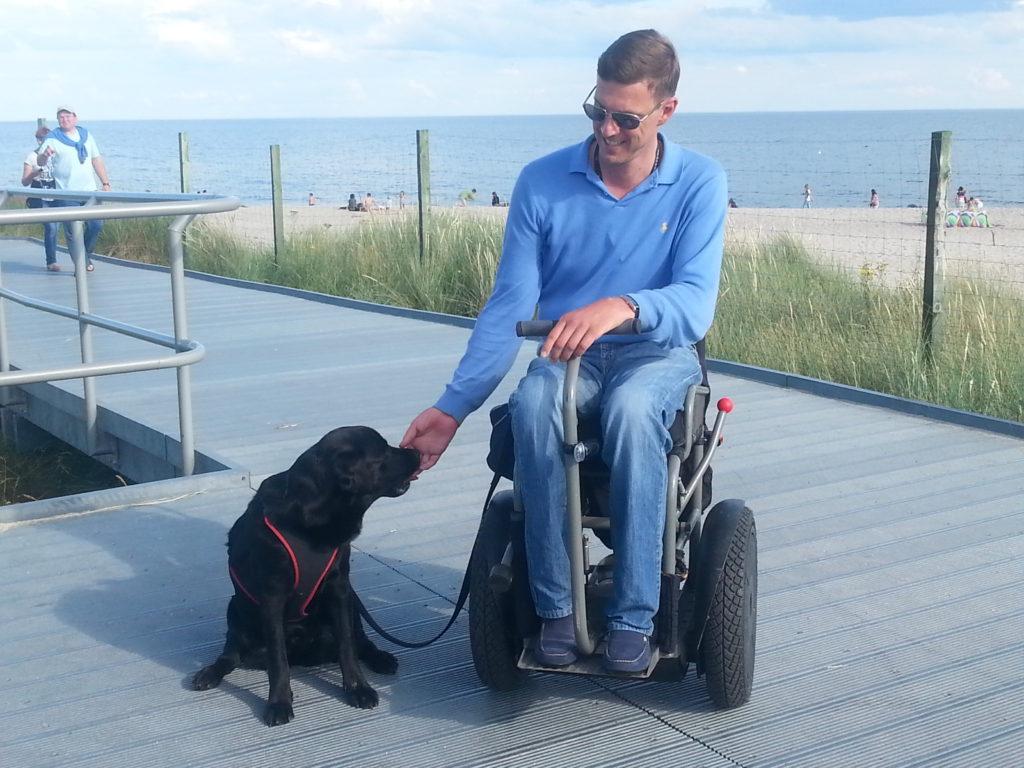 Sopot, Poland, assistant dog, electric wheelchair, Poland in an electric wheelchair, accessible traveling, Tricity in an electric wheelchair, Trojmiasto in a wheelchair, discover Poland