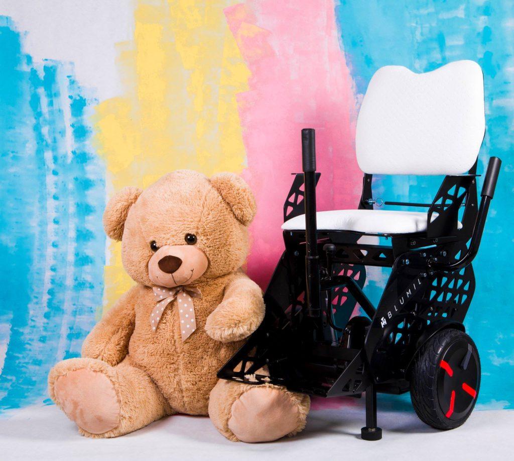 Blumil electric wheelchair, all-terrain wheelchair, kid wheelchair, a wheelchair for children, electric wheelchair for children, junior electric wheelchair, electric wheelchair for disabled children